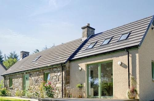 Last Minute Cottages - Cosy Huntly Cottage S73412