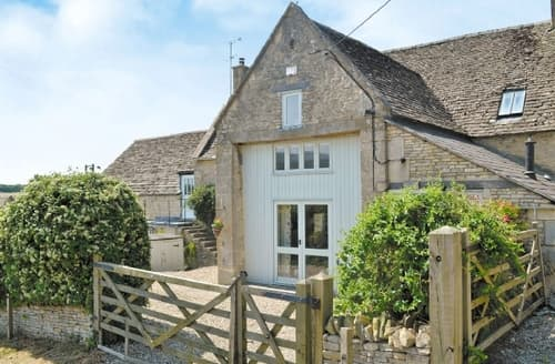 Last Minute Cottages - Superb Cirencester Cottage S16201
