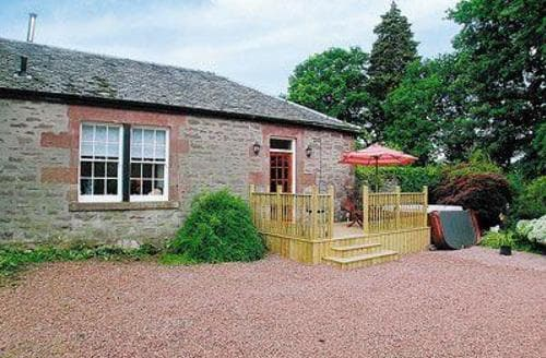 Last Minute Cottages - Charming Helensburgh Cottage S23026