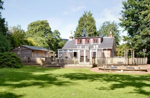 Big Cottages - Stunning Helensburgh Cottage S23035
