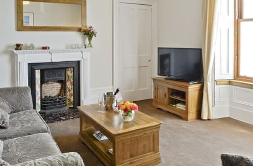 Last Minute Cottages - Attractive Oban Apartment S37770