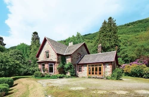 Big Cottages - Lovely Crianlarich Lodge S23253