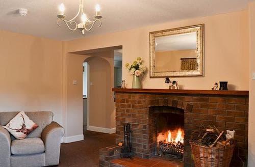 Last Minute Cottages - Delightful St Andrews Lodge S23297