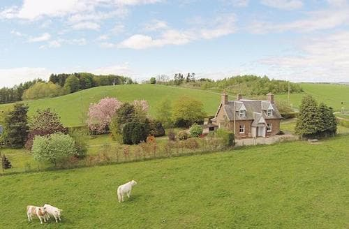 Big Cottages - Cosy Blairgowrie Cottage S23339