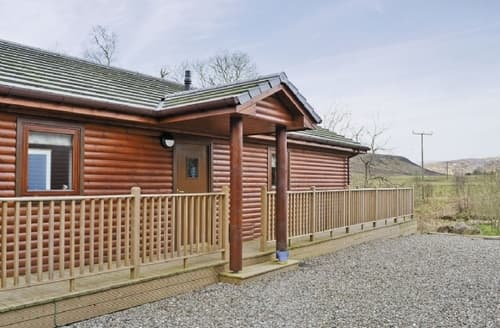 Last Minute Cottages - Wonderful Crieff Lodge S23365
