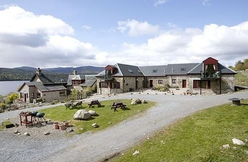 Last Minute Cottages - Captivating Pitlochry Cottage S23405