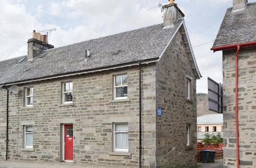 Last Minute Cottages - Beautiful Pitlochry Apartment S49706