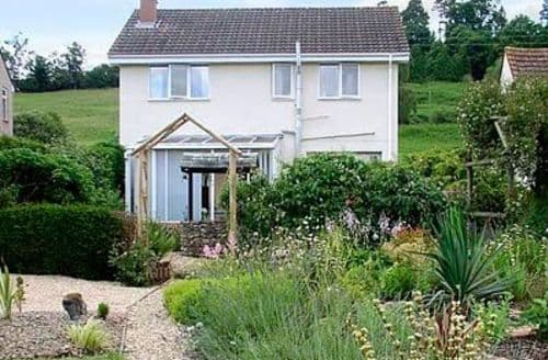 Last Minute Cottages - Inviting Lydney Cottage S16261