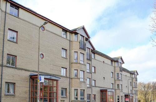 Last Minute Cottages - Charming Edinburgh Apartment S23440