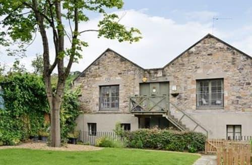 Last Minute Cottages - Quaint Edinburgh Apartment S23446