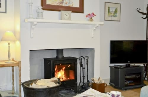 Last Minute Cottages - Tasteful Edinburgh Cottage S23449