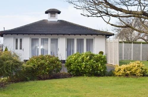 Last Minute Cottages - Exquisite Edinburgh Lodge S23467