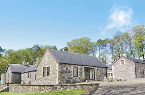 Big Cottages - Wonderful Biggar Cottage S23527