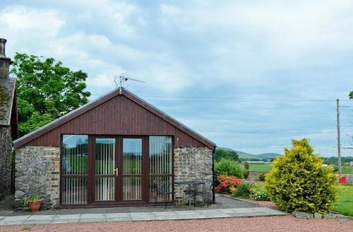 Last Minute Cottages - Wonderful Biggar Cottage S23531