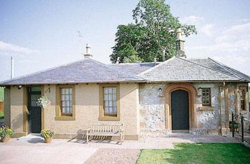 Last Minute Cottages - Inviting Dumfries Lodge S23602