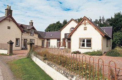 Last Minute Cottages - Charming Selkirk Cottage S23826