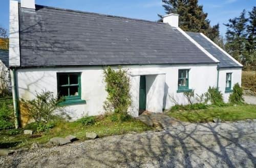 Last Minute Cottages - Adorable Portsalon Apartment S23948