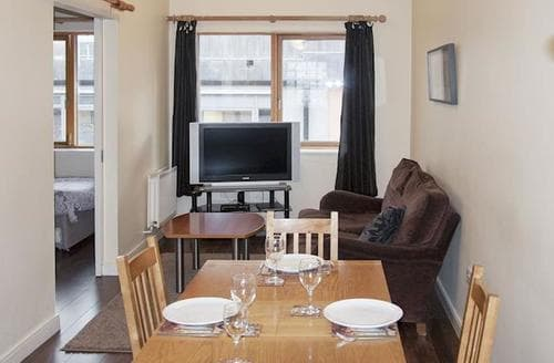 Big Cottages - Splendid Ballsbridge Apartment S75258