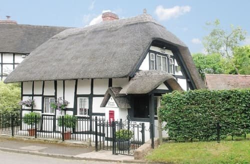 Last Minute Cottages - CORNER THATCH