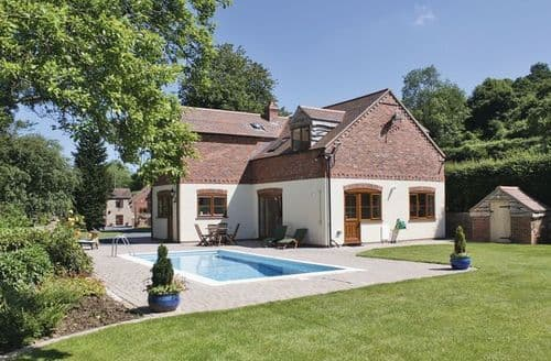 Last Minute Cottages - Attractive Malvern Cottage S16350