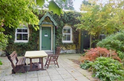 Last Minute Cottages - River Cottage