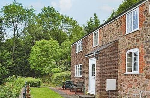 Last Minute Cottages - WESTHILL COTTAGE