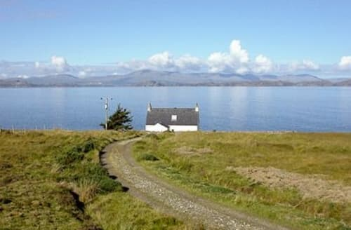 Last Minute Cottages - Lovely Applecross Cottage S24278