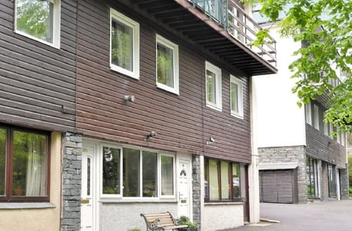 Last Minute Cottages - Stunning Bowness On Windermere Cottage S24403