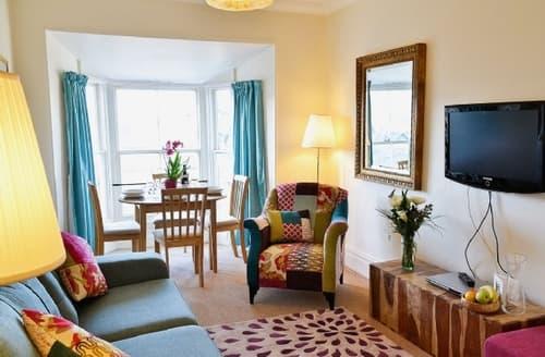 Last Minute Cottages - Tasteful Bowness On Windermere Apartment S24413