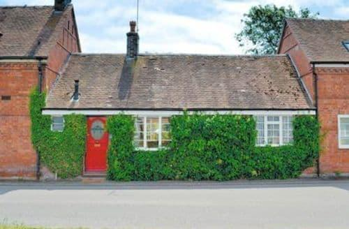 Last Minute Cottages - Cosy Worcester Cottage S16396