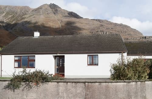 Last Minute Cottages - Beautiful Torridon Cottage S24469