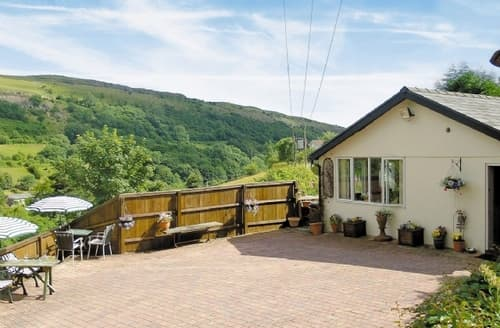 Last Minute Cottages - Delightful Brecon Cottage S24560