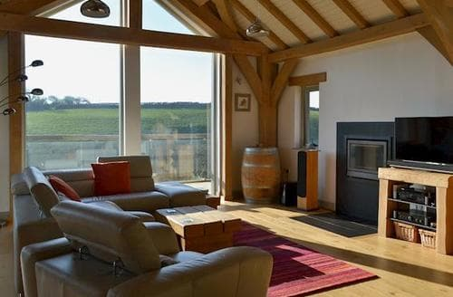 Last Minute Cottages - Stunning Crackington Haven Cottage S77133