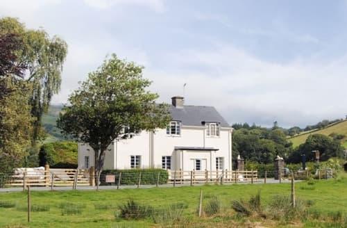 Last Minute Cottages - Wonderful Aberdovey Cottage S24663