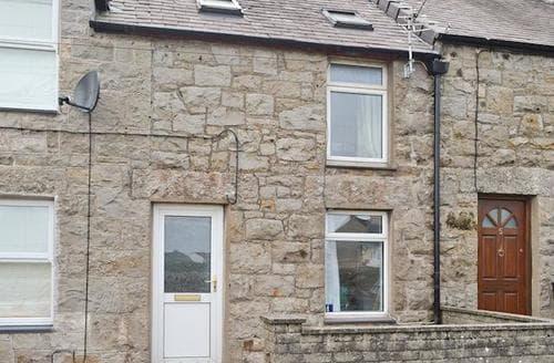 Last Minute Cottages - Inviting Benllech Cottage S69558