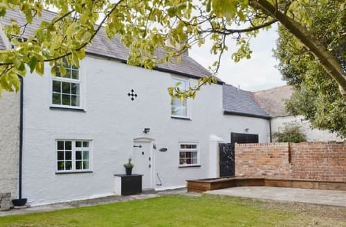 Last Minute Cottages - Luxury Colwyn Bay Cottage S41366