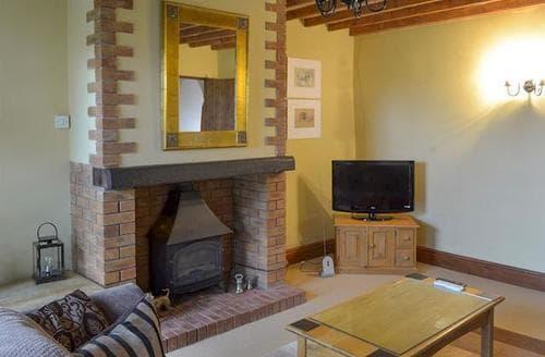 Last Minute Cottages - THE OLDE THRESHING BARN
