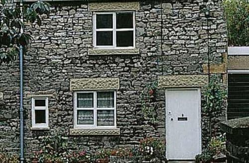 Last Minute Cottages - Lovely Bakewell Cottage S16467