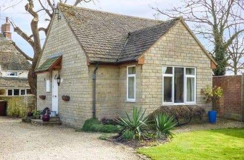 Last Minute Cottages - Tasteful Cricklade Cottage S78940