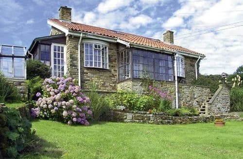 Groovy Dog Friendly Cottages In The Whitby To Rent Download Free Architecture Designs Licukmadebymaigaardcom