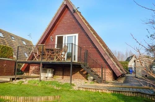 Last Minute Cottages - Exquisite Ely Lodge S2051