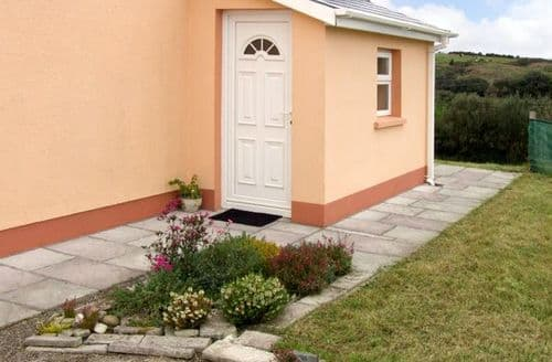 Last Minute Cottages - Bantry Apartment