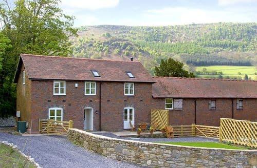 Last Minute Cottages - Splendid Llangollen Stables S4904