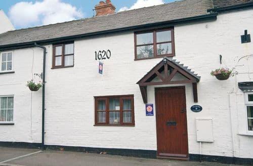 Last Minute Cottages - Tasteful Derby Cottage S16546