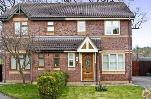 Last Minute Cottages - Quaint Wrexham Rental S5088