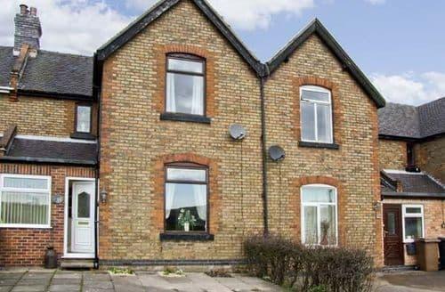 Last Minute Cottages - Lovely Stoke On Trent Lane S3481