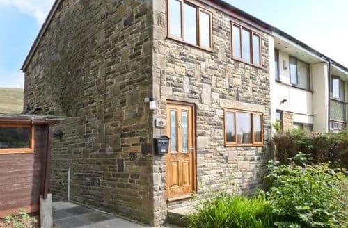 Last Minute Cottages - Stunning Todmorden Side S3592