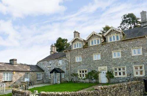 Last Minute Cottages - Delightful Grange Over Sands Hall S3598
