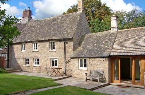 Last Minute Cottages - Splendid Peterborough Street S2350