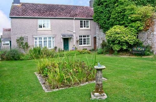 Big Cottages - Stunning Pembroke Dock House S5337